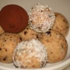 Keksteig-Bällchen / Cookie-Dough-Bällchen (Low Carb)