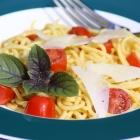 Schmand-Spaghetti mit dem Pastamaker (Low Carb / Keto)