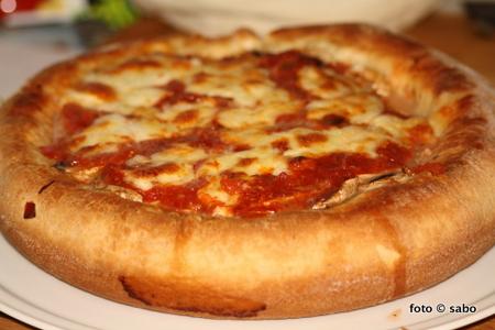 Deep Dish Pan Pizza