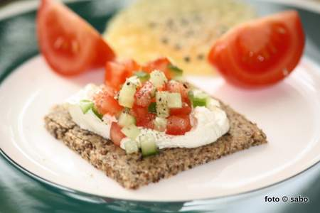 Low Carb Cracker
