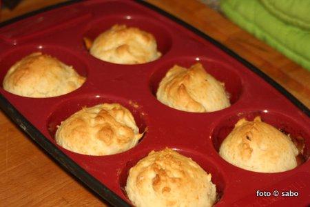 Schnelle herzhafte Brötchen-Muffins