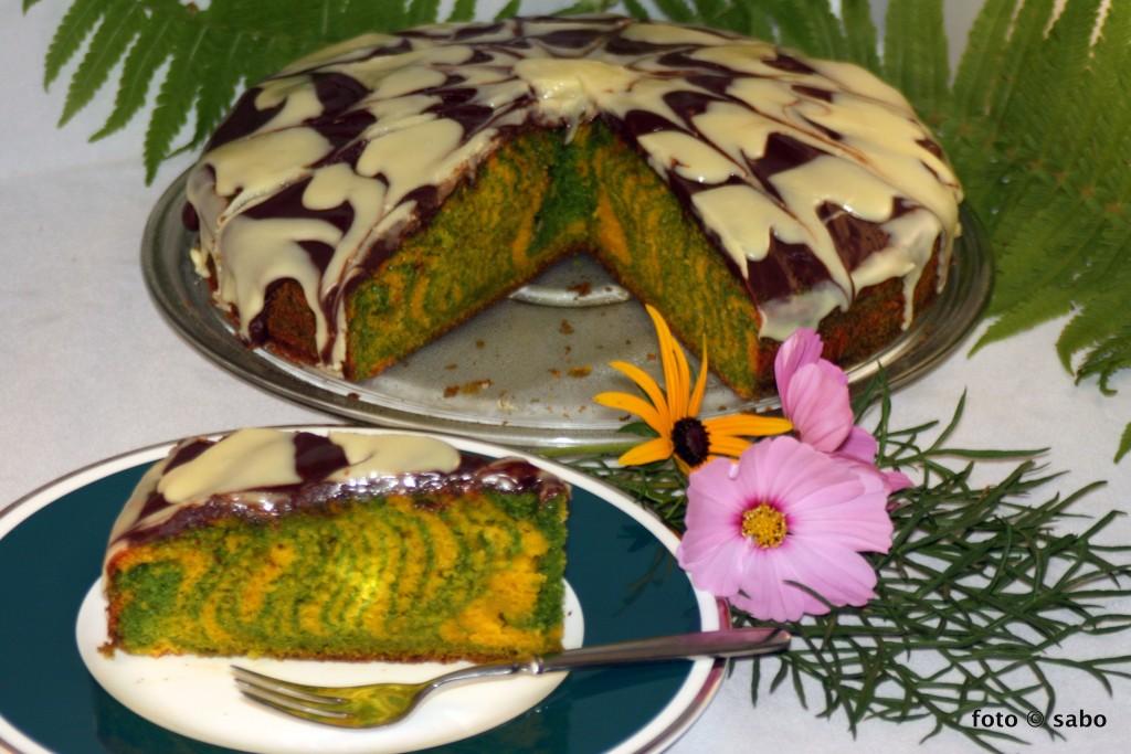 Karotten-Spinat-Zebra-Kuchen