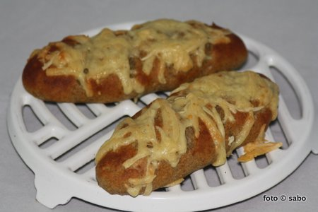 Chia-Buttermilch-Käse-Stangen (Low Carb)